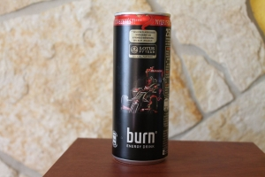 burn-energy-drink-hungary-lotus-f1-team-limited-edition-can-2014s
