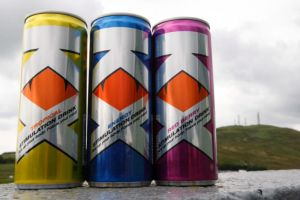 kx-tesco-energy-drink-red-berry-tropical-czs
